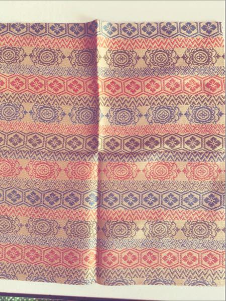 茶道の出帛紗をいただきました。 どういう柄名かご存知の方教えてください。