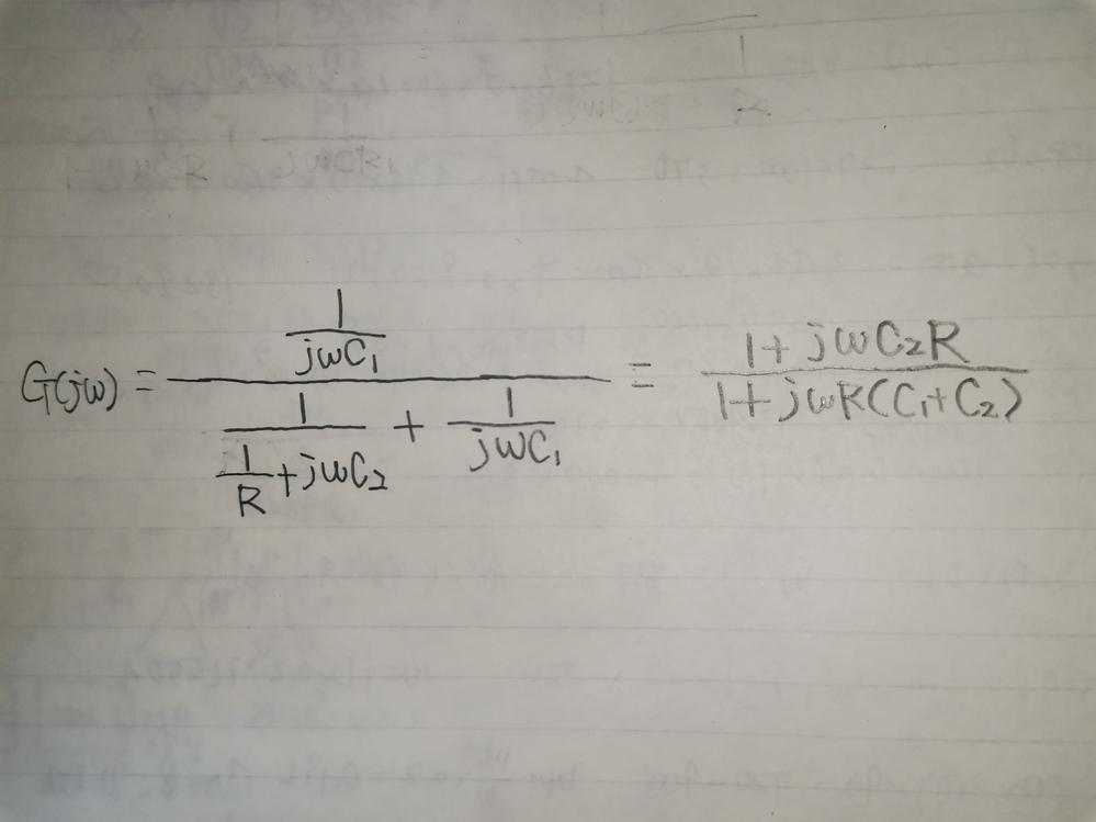 画像の伝達関数の式の解き方を教えて下さい。 左の式の答えが、右の式なのですが、うまく解けません。 分母が、ややこしくて困ってます。何か、解き方のテクニックとか、ありますでしょうか? 宜しくお...