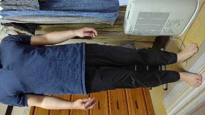 UNIQLOの感動パンツです。くるぶしまで裾をあげてもらいました。くつはどういう靴がいいでしょうか?