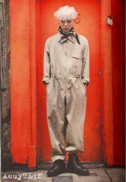 ピタカゲ(CROOKED)のMVでジヨンが着用していたジャンプスーツ?はどこのですか? わかる方いましたら教えてください! BIGBANG gdragon G-DRAGON