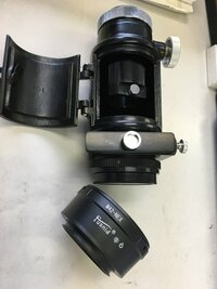 五藤光学80mmL=1200赤道儀とソニーα NEX-5で月の拡大写真を撮る方法を教えてください。 準備したものは望遠鏡とカメラを接続するための筒状部品(拡大用接眼レンズ装着可能部品付)とカメラと部品を接続するための部品(M42-NEX)です。接続は出来たのですがカメラが反応せずシャッターが切れません。よろしくお願いします。
