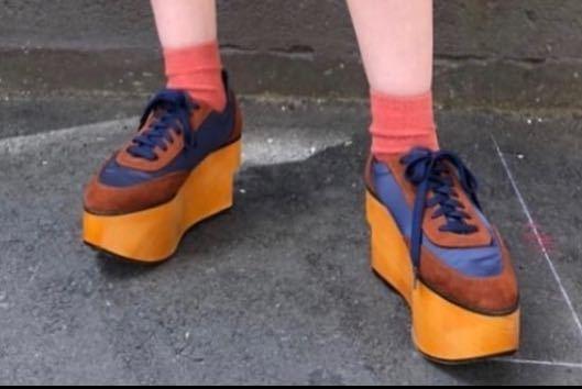この靴どこのものかわかる方いますか?
