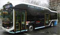 都内を走る都バスの水素バス、燃料電池システムは屋根上に搭載されているのでしょうか?