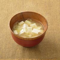 味噌汁の具材は豆腐が一番ですか?  他に好きなものはありますか。