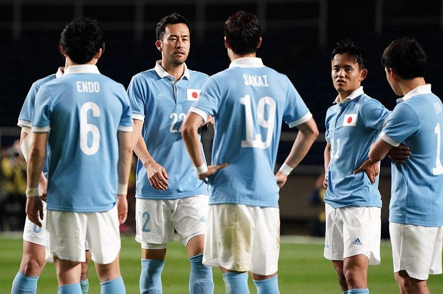 サッカー日本代表のユニフォーム、 なんか園児服っぽくないですか?