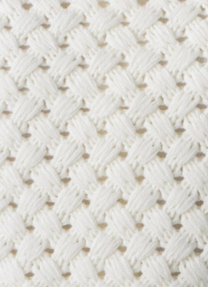 この編み方はなんと言う編み方でしょうか? 編み方の名前と、編み方、または編み方を説明している動画やサイトなどありましたら教えていただけると助かります。 よろしくお願いします。