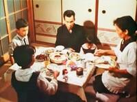 昭和の食卓には 何とはなしに緊張感が漂っていたのでしょうか?