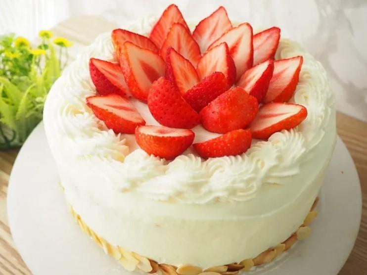 苺ショートより好きなケーキはありますか? それはどんなケーキですか?