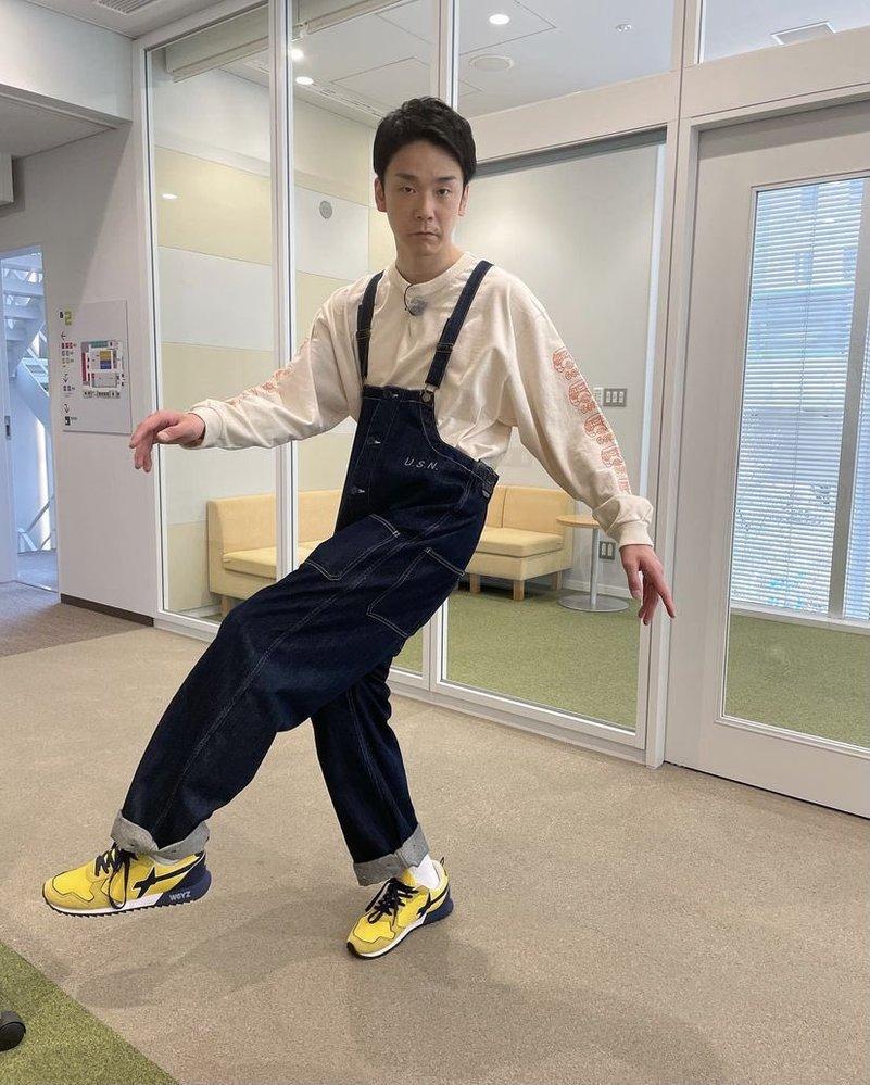 かまいたち濱家さんの衣装について 5月13日放送のかまいたちの知らんけどのかまいたち濱家さんが着用されていたオーバーオール(サロペット)はどこのブランドなのか知っている方がいたら教えていただきたいです よろしくおねがいします