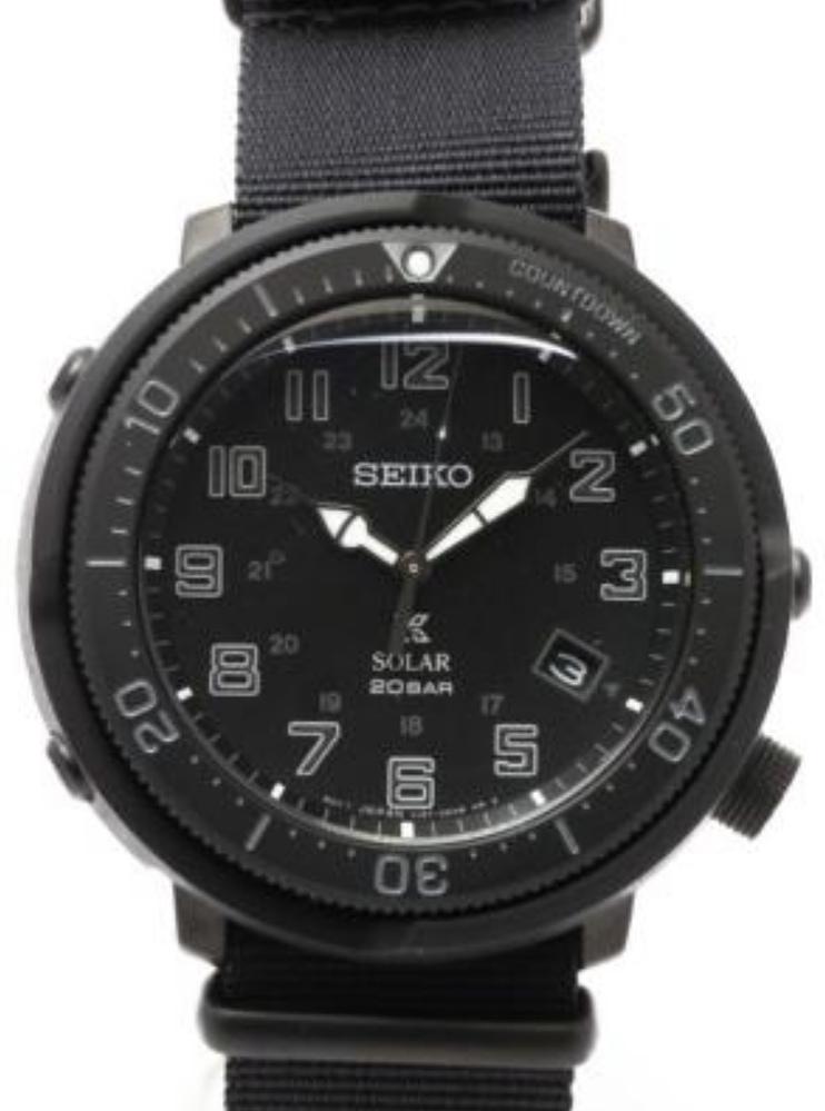 腕時計に詳しい方お願いします。 このSEIKOの腕時計の型番を教えていただけますか?