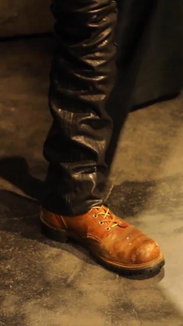 レッドウィングだと思うのですが こちらのブーツは何という種類かわかる方いらっしゃいますか? よろしくお願いします