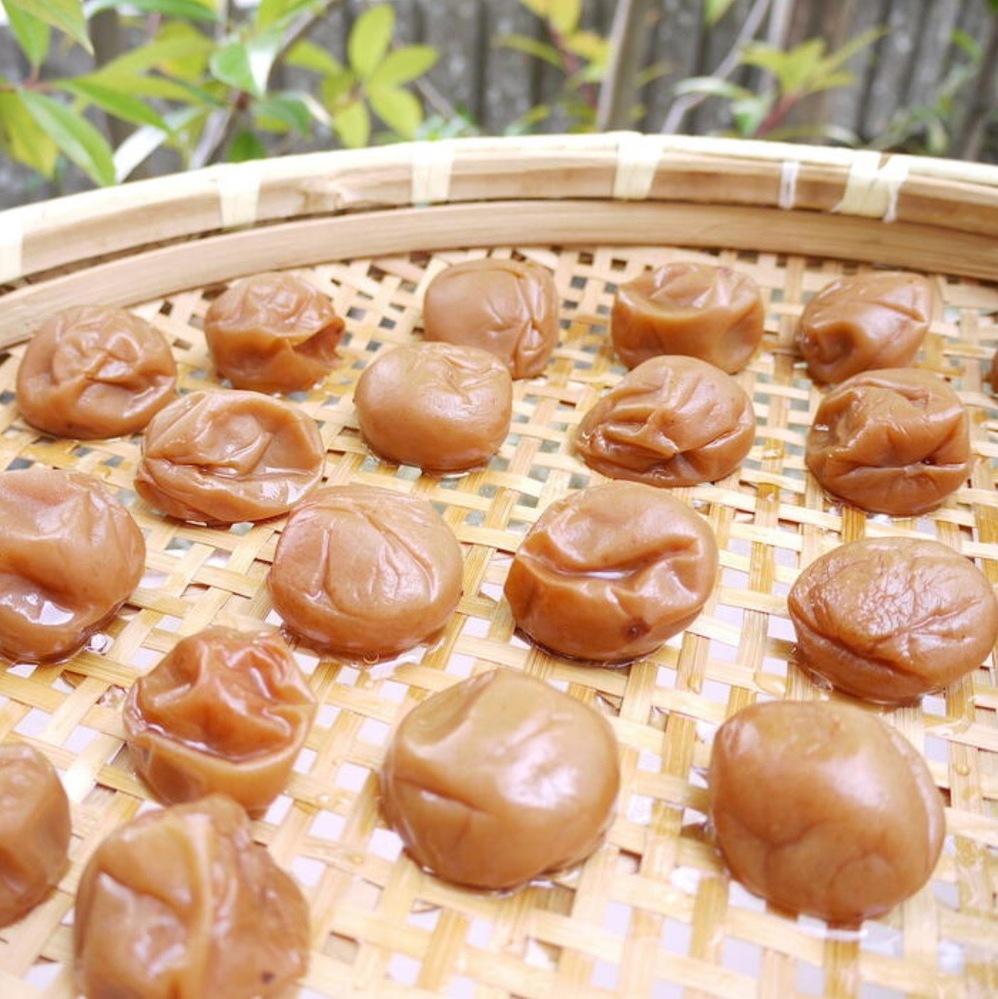 自家製の梅干しを作ってみました。 おススメのレシピなどあれば教えてください! https://news.yahoo.co.jp/articles/81f990d445f93bb0f95b6abe007d7bd9c139eae1