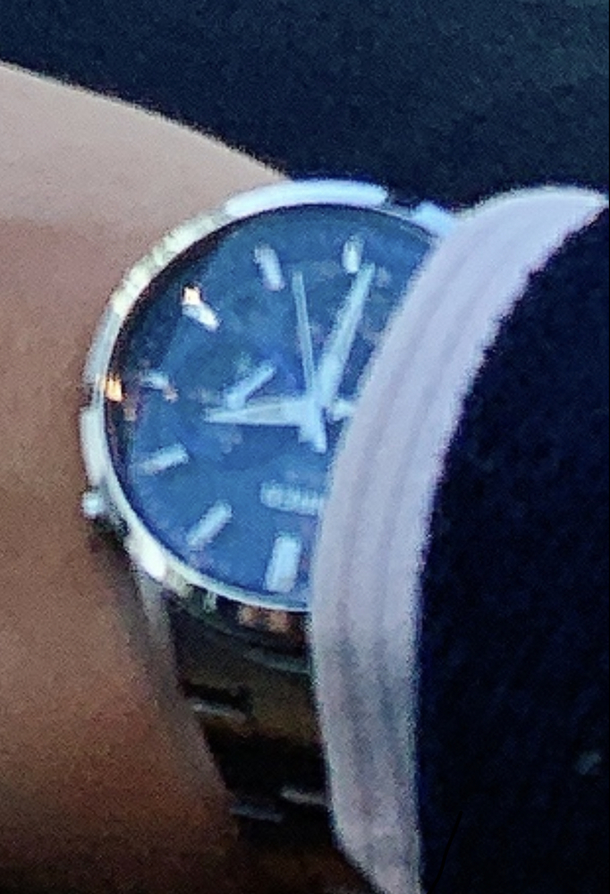 どこのメーカーの時計か分かる方いますか?