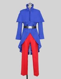 軍服に関する質問です。 肩に布がついているタイプの軍服が見たいのですが、調べても出てきません。片方に布があるのではなく、両肩が覆われているものです。 キャラクターのコスプレ商品ですみませんが、画像のようなタイプの軍服です。(これしか画像が手に入らなかっただけで、調べたいのはコスプレ用品ではありません) この形の軍服は実際には使われていなかったのでしょうか?軍服のデザインとしては素敵だと思ったのですが…検索のとき必要なワードだけでもいいです、教えてください。