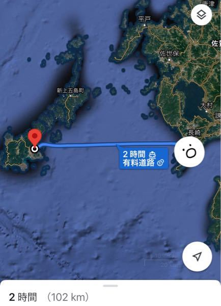 長崎市内から五島列島は見えますか?? 私は生まれてから30年以上長崎市に住んでいます。 自宅からは水平線が見え季節によっては水平線に夕陽が沈むような場所です。 ここ数日気づいてビックリしたんですが、 普段は水平線です。 が、本当にここ数日、明らかに島が見えるんです。 1つではなくいくつか。 今までこの場所で育ってきて、島が見えた記憶なんてなく、フェリーで五島に行ったこともありますが、それこそ360度どこを見ても海しかなくなる程離れてた気がします。 Googleマップで島が見えた方向を調べるとやはり五島列島。 近づいて来てる?!とか馬鹿みたいなことも考えましたが(笑) これは目の錯覚ですか? それとも本当に見えてる?? ちなみに天気はとてもいい日でした。 距離は市内からでも100キロはあります。 常識的なことだったらすみません…