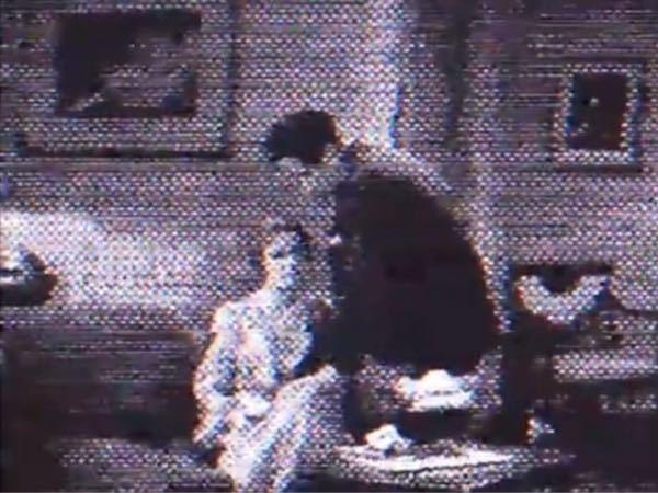 この画像が何の映画か分かる方居ませんか? 1940年代より前の映画だと思います。 画質が悪くてすみません