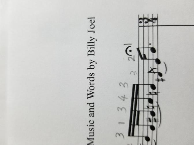 レ♯の指番号は3ですか?
