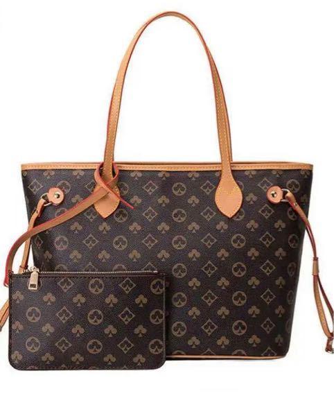 このヴィトンに似た柄のバッグはどこで買えますか?