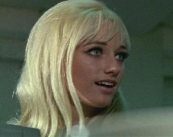 特撮作品で「と・ど」から始まるゲストといえば最初に誰を思い浮かびますか? 役名、ゲスト者名、番組タイトルと出演した回、画像、セリフなどを教えてください。警官など役名がない場合、ゲスト者名は必須です。 例 ドロシー・アンダーソン(リンダ・ハーディスティー) ウルトラセブン 第14話・第15話「ウルトラ警備隊西へ(前後編)」