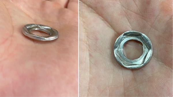 アドレスv125のドレンワッシャーなんですが、初めてアルミ製の使ってドレンボルト外してみたらこんなだったんですがオーバートルクですか?アルミだとこのくらい潰れるんでしょうか?