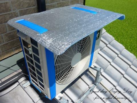 画像のようなエアコン室外機の日除けカバーは意味あると思いますか?