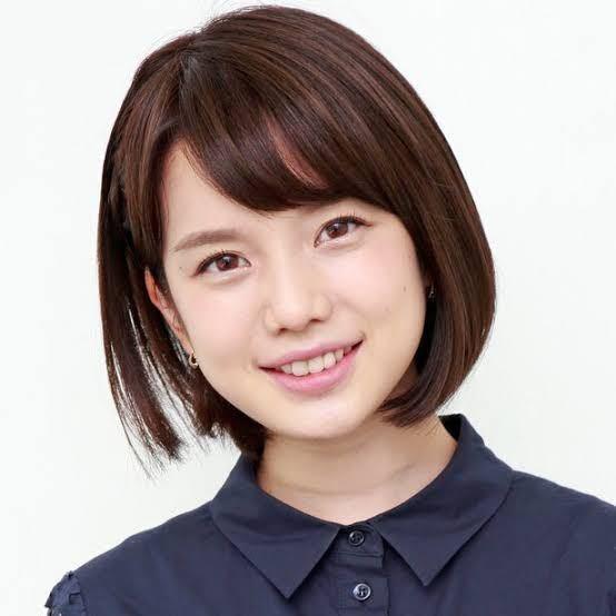 弘中アナ、すごく人気ですがそんなに美人ですか?
