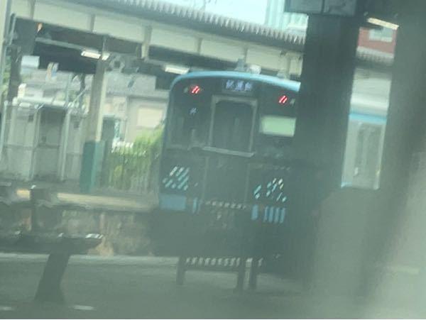 こりゃなんの電車ですか?