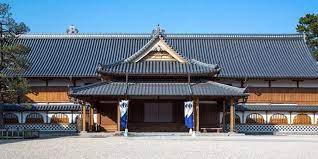 ぼくは10年前NOVA(佐賀)に通っていました マネージャーは野村美紀(仮名 5月11日33になった)さんでした なぜ若い人もマネージャーになれるの❓