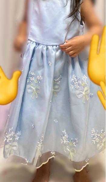 これに白のカーディガンを着せて 友達の結婚式に行くのは大丈夫でしょうか… 娘は3歳8ヶ月です。