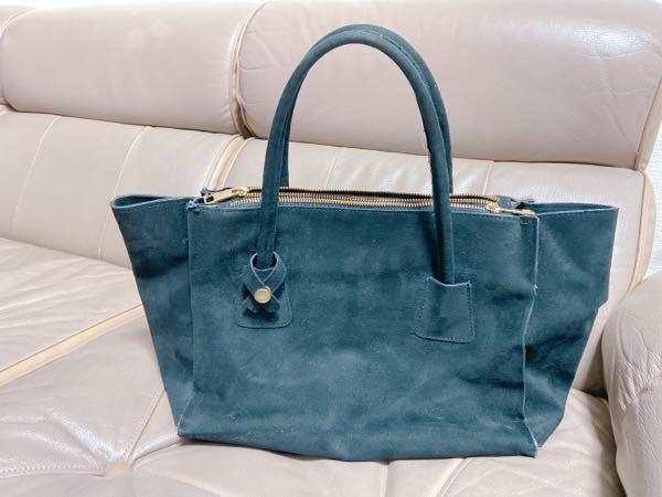 こんな感じのトートバッグかハンドバッグ 大きさは中ぐらいで探しています。 ポケットの数はなんでもいいです。 おすすめのプチプラやショップなどのサイトを 知りたいです。 よろしくお願いします。
