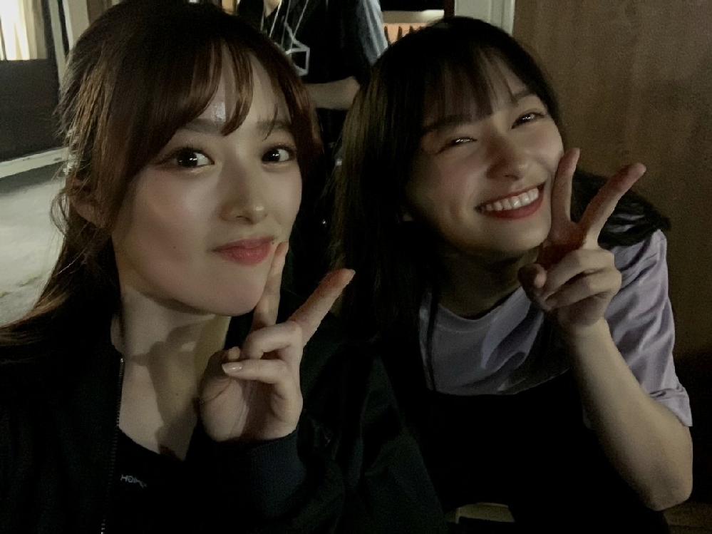 先日の櫻坂・日向坂合同ライブ後の夜のBBQの時のツーショットらしいのですが、この2人はだれですか?