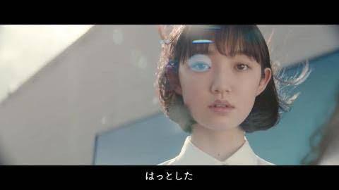 最近PanasonicのCMに出演しているこの女性は、元乃木坂の堀未央奈ですか?バックモニターにでっかく大坂なおみが映ってるやつです。