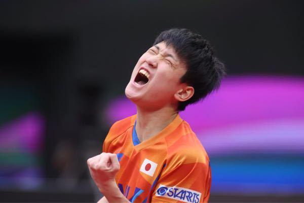 以前は男子卓球で張本智和選手は会場全体に響く大声で「チョレイ❗️」って掛け声を発していましたが、今は発していません。 これって何か理由があるのでしょうか?