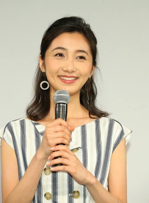 8月4日が25歳の誕生日のTBSアナウンサーの近藤夏子ちゃんに似合いそうなコスプレって何だと思われますか?