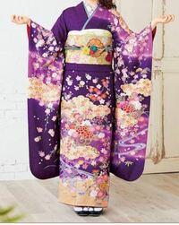 画像と同じくらいの紫色の振袖に似合う髪色はどんな色ですか 黒髪以外でお願いします