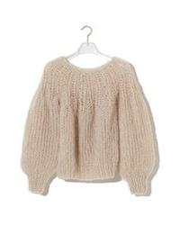編み物得意な方に質問です! 色々編み図を参考にしようと思って探してはいるのですが、こんな感じのモヘアでざっくりと、首から編んでいくセーターに挑戦したいのですが、似たような編み図ご存知の方いらっしゃいませんか?  もしくは、ざっくり、編み方を教えていただけると嬉しいです、、、!