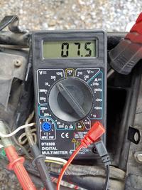 KSRⅡではレギュレーター交換が必要とあるのですが、KSR-1は必要ありますか? テスターで計ると、高回転時で7.5Vなのですが… ちなみに車両はA-mX05Bの最終型です。 #ksr #KSR-2 #KSR50 #KSR80 KSR2