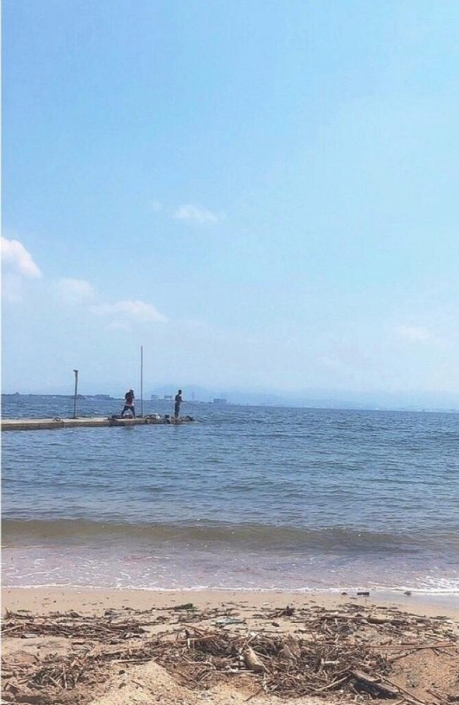 どこの海、海水浴場か分かりますか??