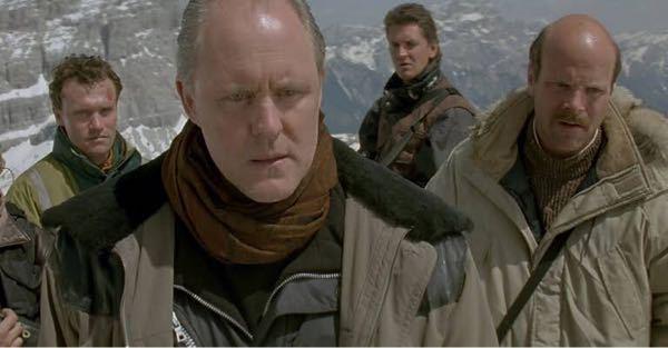 「クリフハンガー」の悪役のエリック・クウェイランは好きですか?