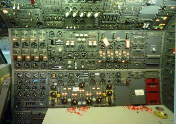 かつての航空機関士はどんな役目を果たしていたのですか?
