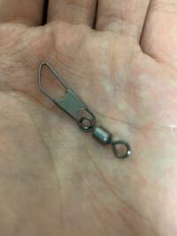 ルアー釣りをしてみたいのですがダイソーでスナップ付きのサルカンを買いました。これはサルカンの方に糸をつけて、スナップ側にルアーをつければ良いのでしょうか?