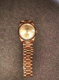 ロレックス デイトジャスト 69178 を売りたいのですが、いくらくらいで売れるでしょうか  買取査定はネットではピンキリなので質屋、時計店を巡ってみようかとは思っているのですが、、、。  保証書、コマ等付属品はありません。