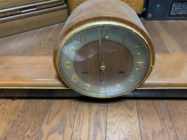 祖父の置時計で質問です。 この時計はセイコーの何という手巻き時計でしょうか? 宜しくお願いします。