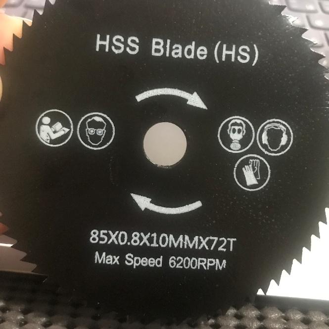 画像にある木工用チップソー穴径10mmに該当するアタッチメントを探しています。 電動ドライバー用のアタッチメントでチップソーを挟んで使用します。 ご存じの方ご教示願います。 宜しくお願い致します。