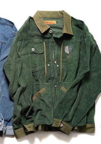 教えてください! 皆さんなら写真にある深緑のジャケットを どのようにコーディネートしますか?(女です)