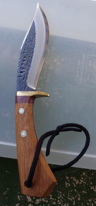 関兼常のナイフなんですが いくらくらいするものなのか気になっております 教えていただければ幸いです