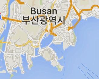 """下のマップは韓国釜山です。 ローマ字で """"BUSAN""""と書いてあります。 日本の出版物では""""プサン""""と書いてあることを目にするのですが、 ハングルの発音..."""