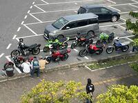 これらのバイクの車種名ってなんですか? Z400fxは分かります
