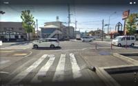 運転についての質問です。 この画像のような狭い交差点を右折する場合、どこで待てばよいのでしょうか。 少し前に出ると向こうから右折してくる車にぶつかりそうになります。 あと、右折するタイミングは対向車がいない場合はもちろんなんですが、対向車が右折するウインカーを出した場合はこちらも右折を始めてよいのでしょうか? 譲りあうのが一番なのでしょうけど。。。  この道路はかなり狭いですがこちら側も向こ...