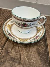 このウェッジウッドのカップ&ソーサーのシリーズ名を教えてください